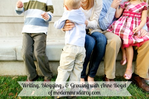 Anne Bogel of Modern Mrs Darcy and modernmrsdarcy.com shares her tips on writing blogging and growing her audience with the brilliant business moms podcast