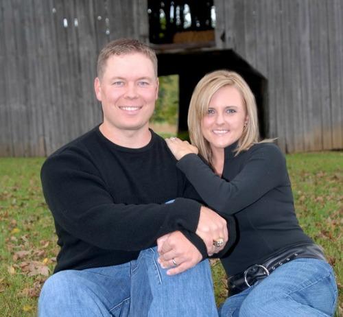 Jocelyn Sams Successful Mom Entrepreneur with husband Shane of Flipped Lifestyle Jocelyn shares her best business advice for mom entrepreneurs #momopreneur