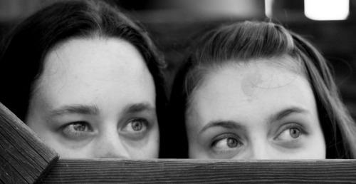 moody-sisters-mysterious-mom-online-entrepreneurs