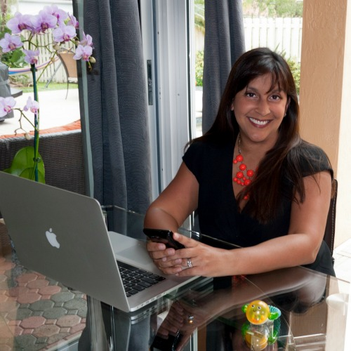 How to Sell on Amazon with work-at-home mom Saira Perl. Learn the ins and outs of becoming a top Amazon seller. Saira shares her tips on finding a great deal, buying and selling in bulk, selling during the Christmas season, being part of the fulfilled by Amazon program, and how to get found in Amazon's search results. Learn everything you need to know to get started selling on the largest retail site. | brilliantbusinessmoms.com/78