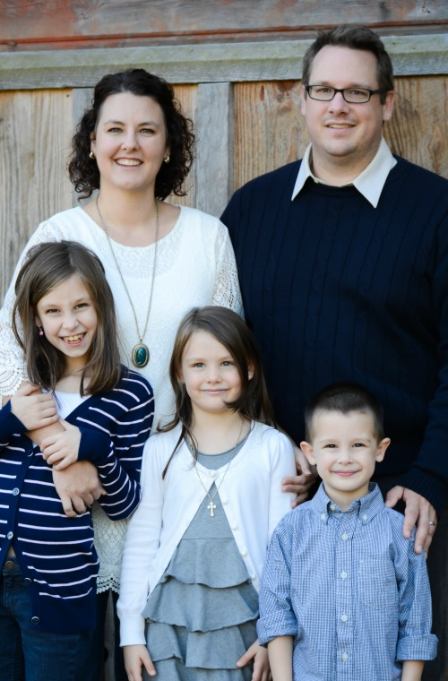 Mamapreneur Kate Ahl of Simple Pin Media with her family.