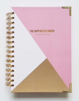 The Happiness Planner by Mo Seetubtim of The Brand Mentalist, 2016 Planner Reviews - Learn how to choose the planner that's right for you! | brilliantbusinessmoms.com